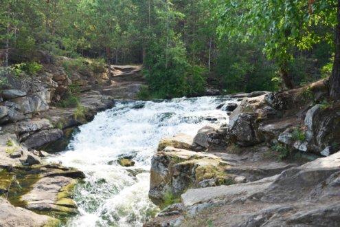 Южаковский водопад на реке Ямбарка
